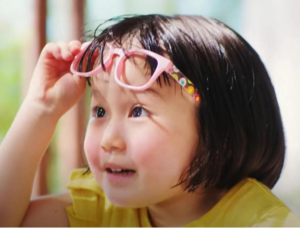 【クーリッシュCM】眼鏡の子役は誰?小野井奈々のプロフィール・かわいい画像!(2021年)